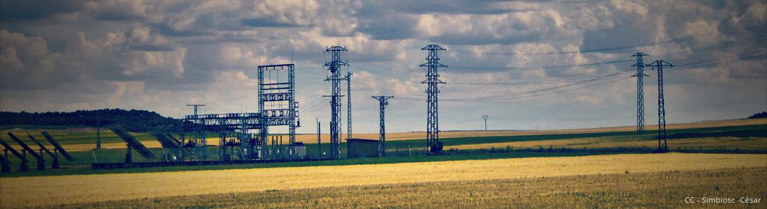 Estación fotovoltaica, autor simbiosc CC BY SA